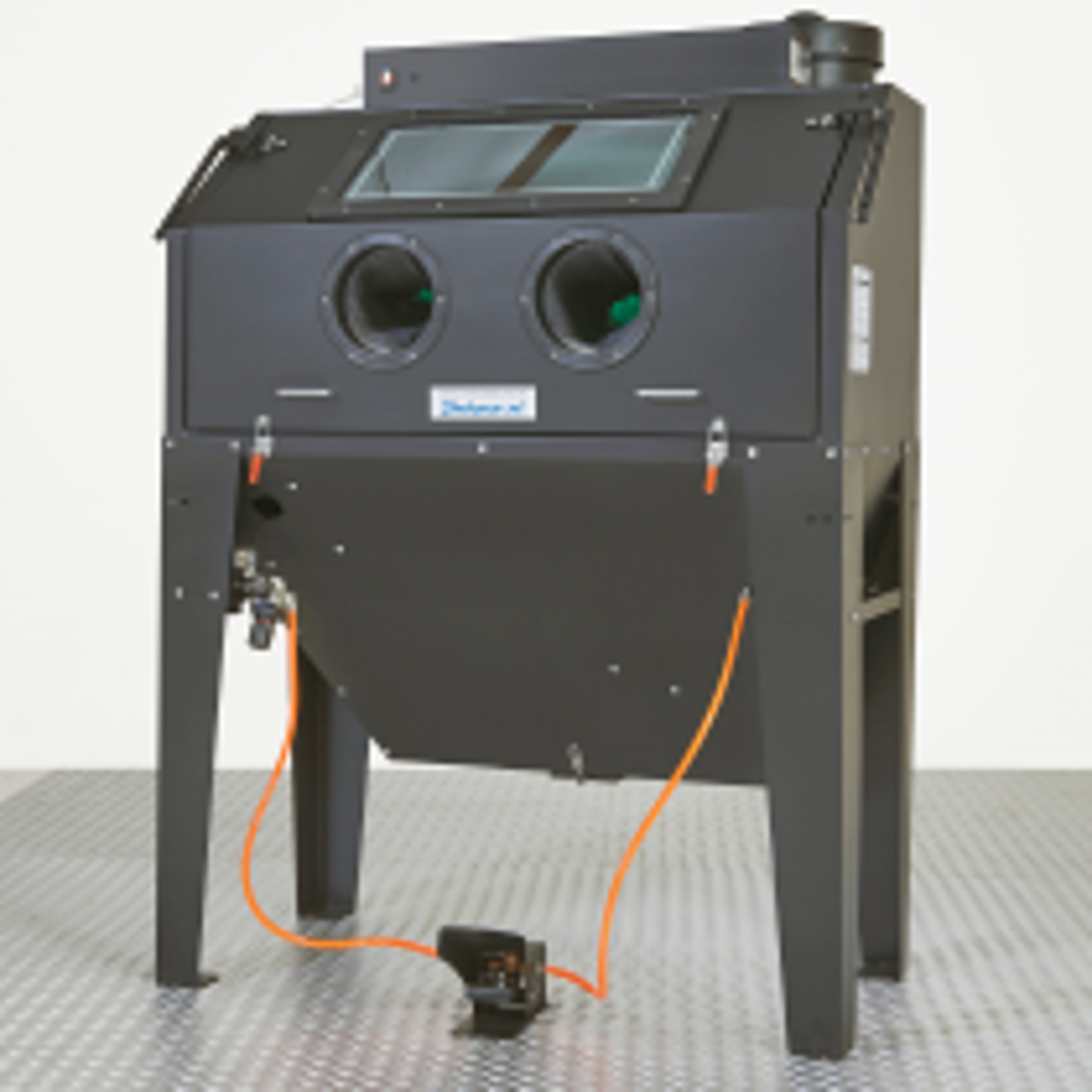 Sandstrahlkabine mit Frontklappe - 420 Liter